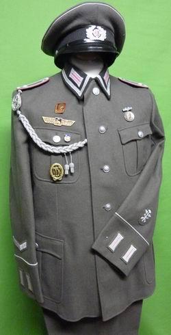 Unteroffiziere Nachrichten NVA DDR !!! Uniformen & Effekten 1 Paar Kragenspiegel Soldat